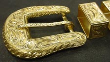 22kt Buckle Side View